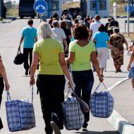 Выселили вместе с детьми: из киевского отеля выгнали переселенцев